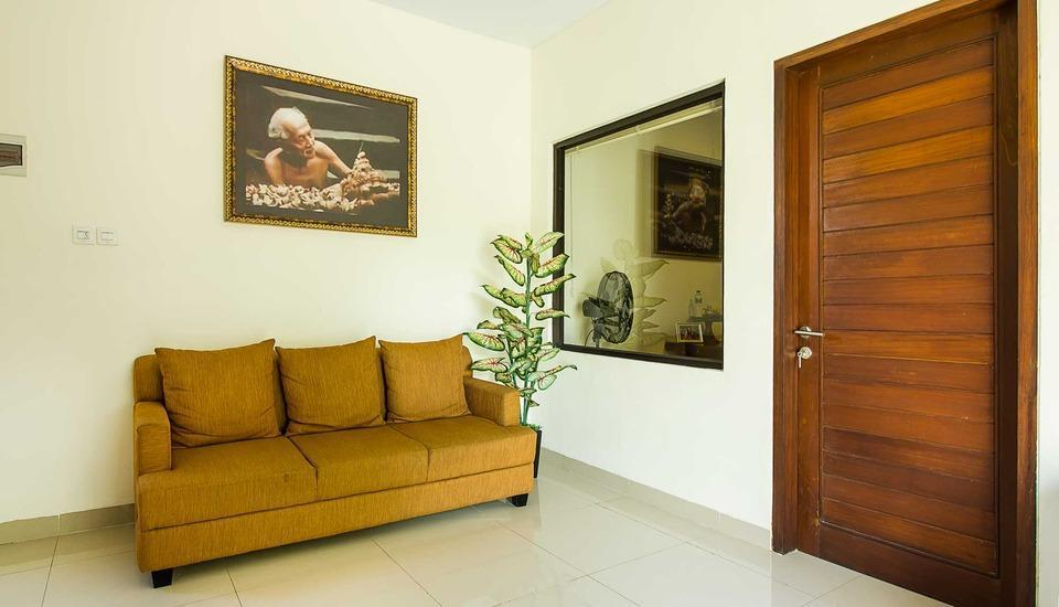 Tri Homestay Managed by Tinggal Bali - lobi