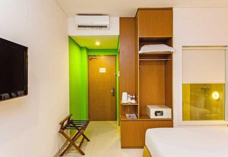Tinggal Premium at Kuningan Jakarta - Kamar tamu