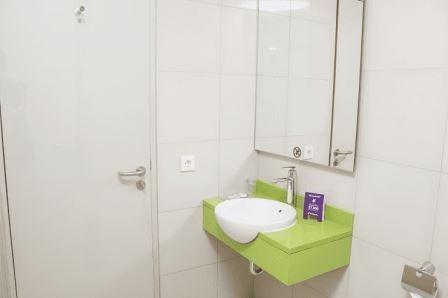 Tinggal Premium at Kuningan Jakarta - Kamar mandi