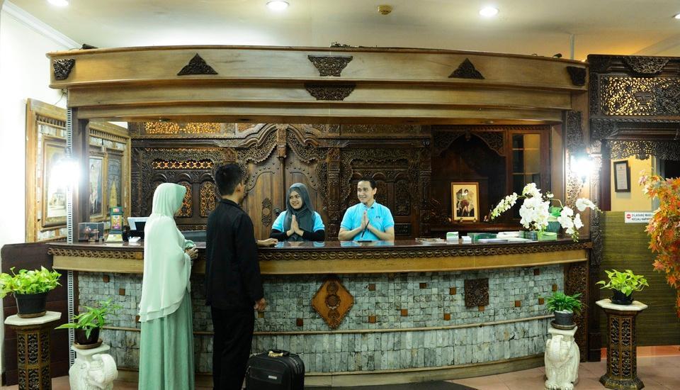 Hotel Jusenny Jakarta - Resepsionis