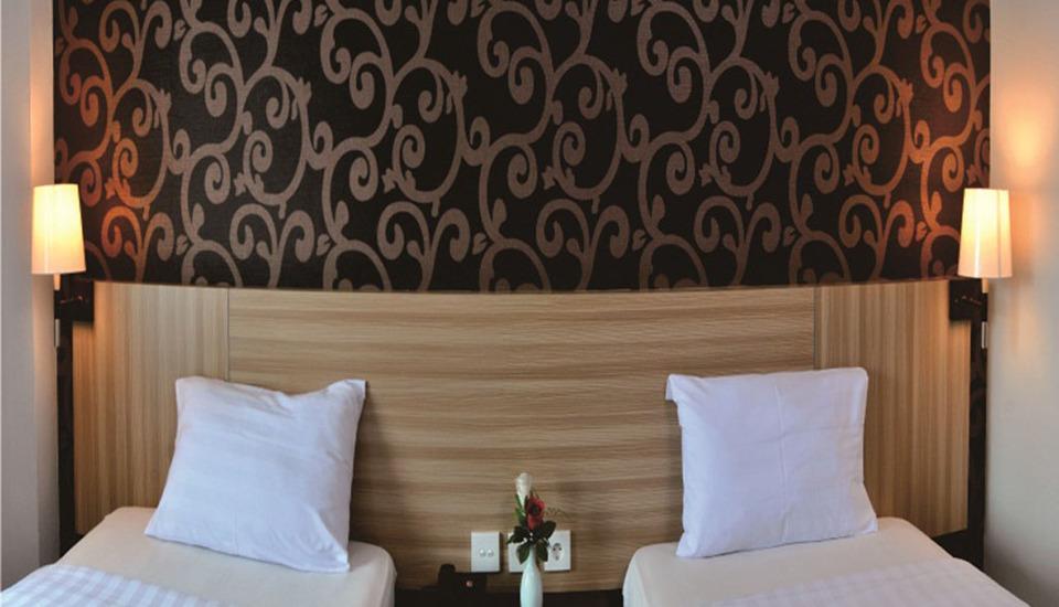 Hotel Jusenny Jakarta - Kamar Superior