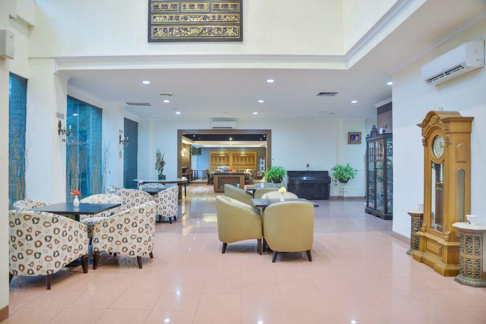 Hotel Jusenny Jakarta - Ruang Bersantai