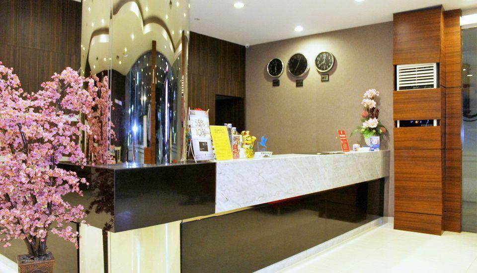 ZEN Rooms Lanto Daeng Pasewang Makassar - Resepsionis