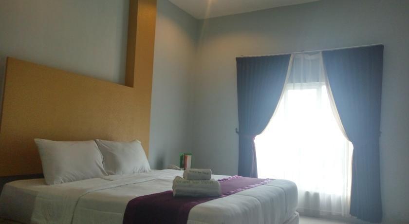 Grand Hotel Lombok - Kamar