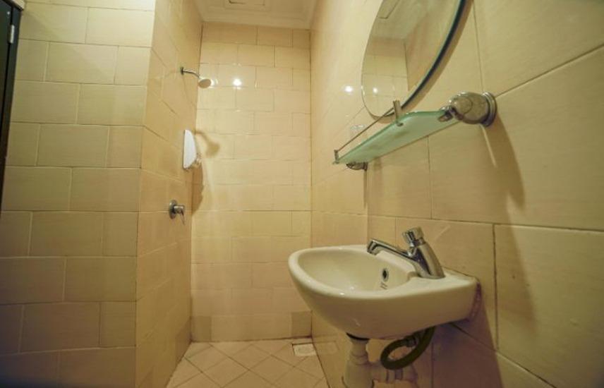 Sky View Hotel Batam - Bathroom