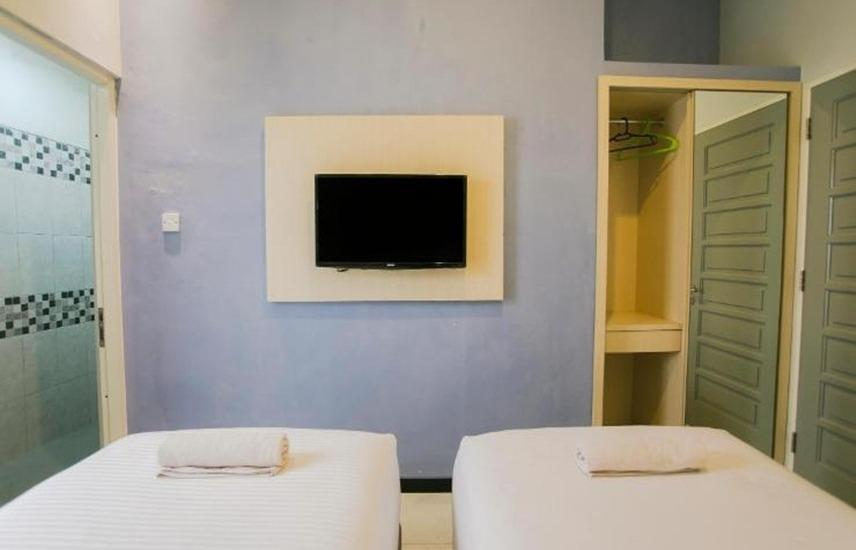 Ardhya Guest House Surabaya - Twin Bed Regular Plan
