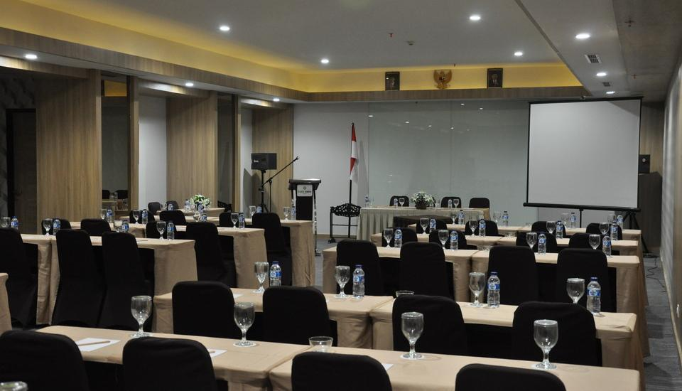Sala View Hotel Solo - meeting room
