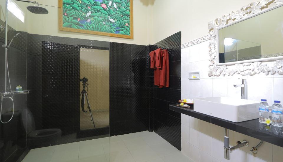 Uma Sari Cottage Bali - Kamar mandi