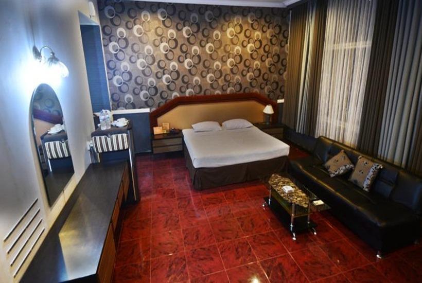 Hotel & Restaurant Bandung Permai Jember - Executive Suite Room Regular Plan