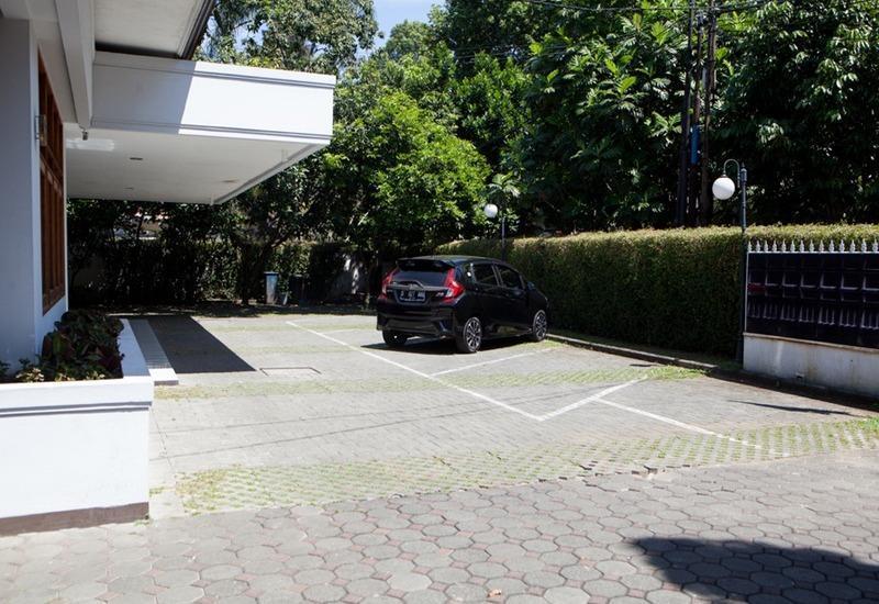 RedDoorz near Gedung Sate Bandung - Eksterior