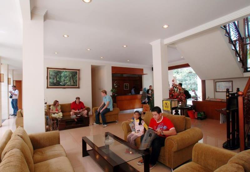 Sany Rosa Bandung - Lobby