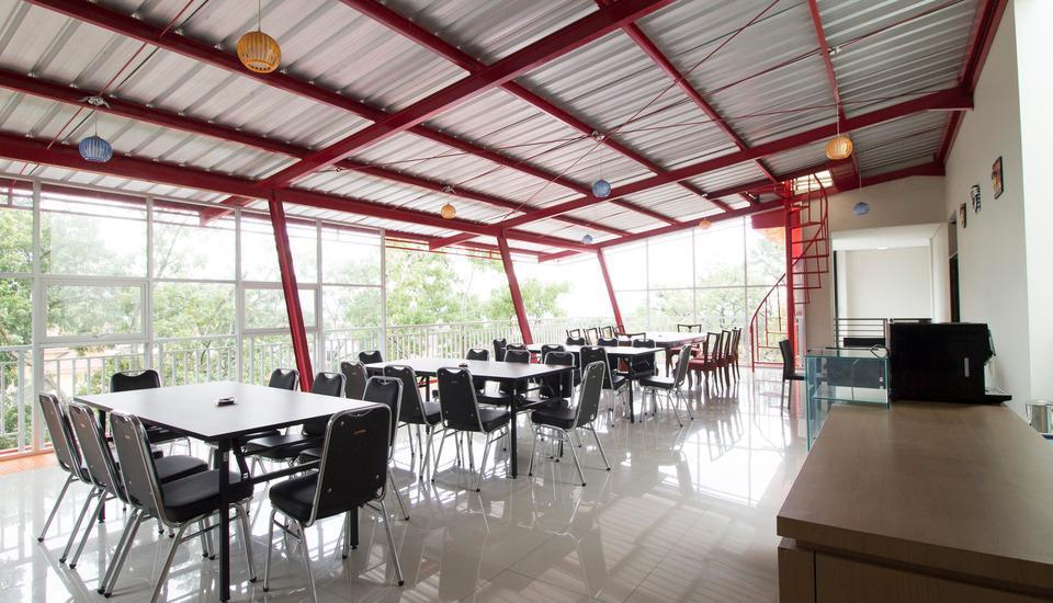 RedDoorz near Padjajaran University Bandung - Interior
