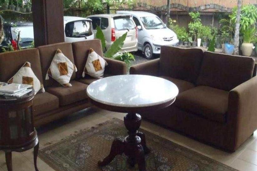 Maven Buncit Jakarta - Lobby