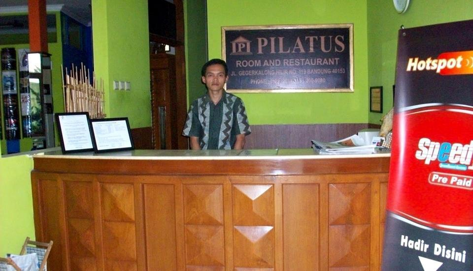 Hotel Pilatus Bandung - Resepsionis