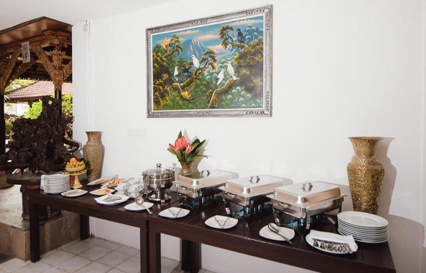 Grand Pudjawan Hotel Bali - Buffet