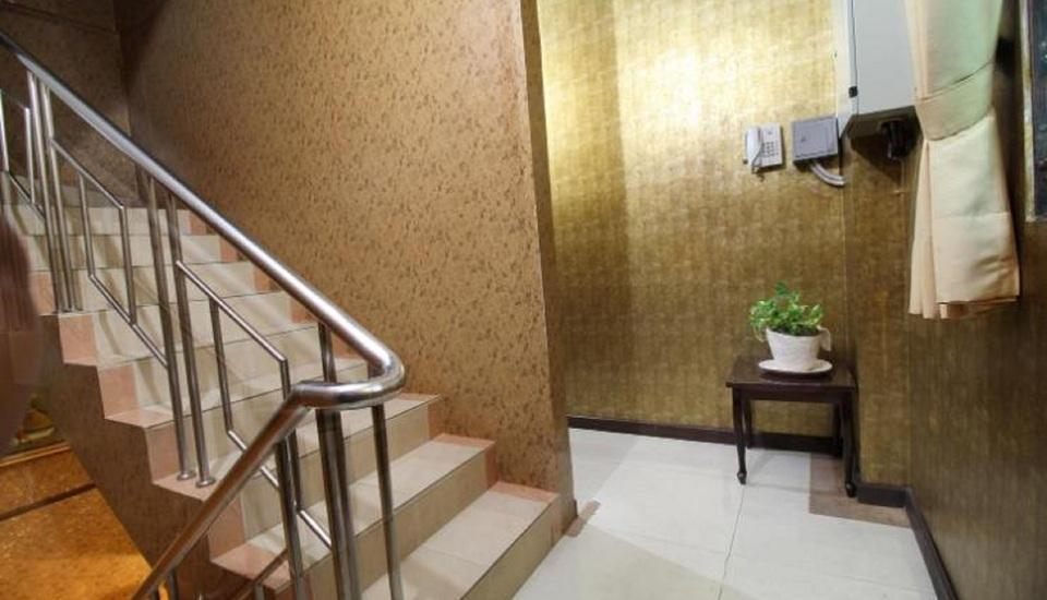 Twins Hotel Mangga Dua - Tangga