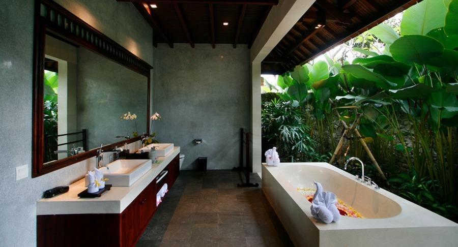 Beingsattvaa Vegetarian Retreat Bali - Kamar mandi