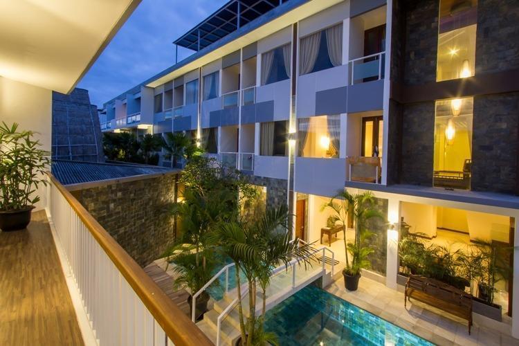 M Suite Bali - Tampak dari samping