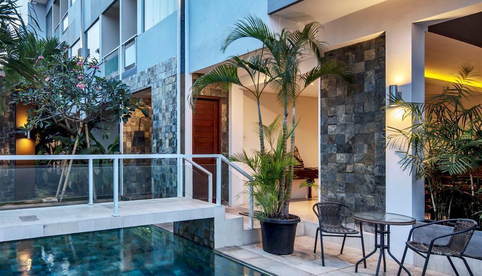 M Suite Bali - Kolam Renang