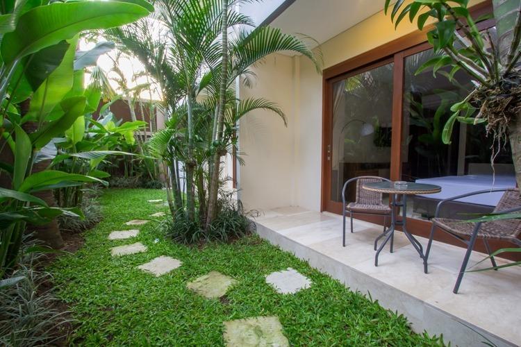 M Suite Bali - Kamar Keluarga dengan Teras