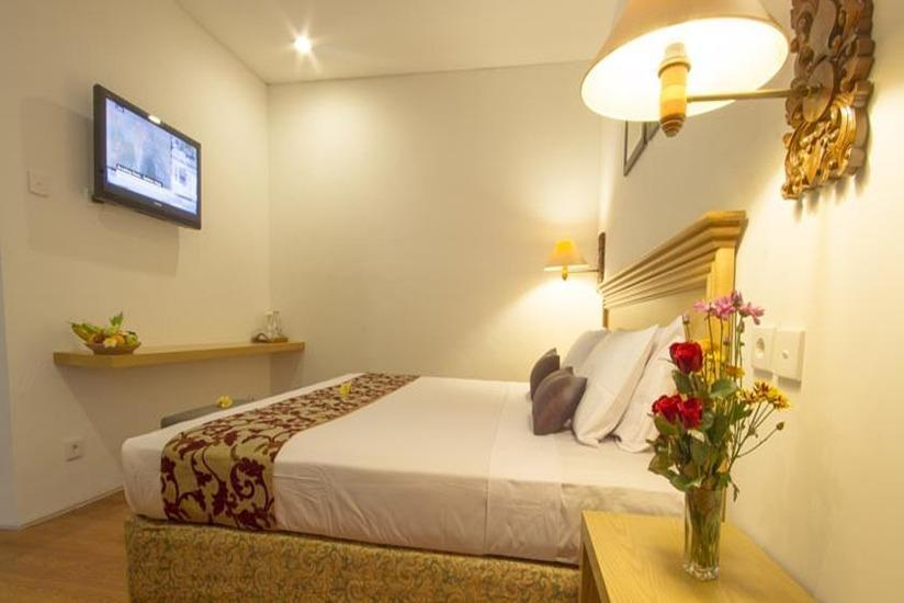 Seminyak Paradiso Hotel Bali - Premier Room with Breakfast 72 H Promotion