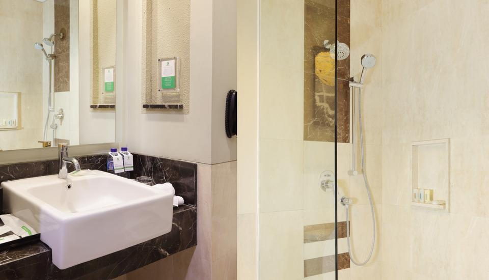 Holiday Inn Pasteur Bandung Bandung - Bathroom