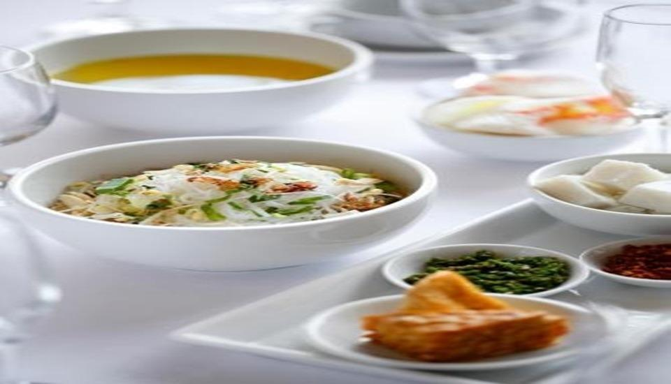Hotel Santika  Purwokerto - Meals