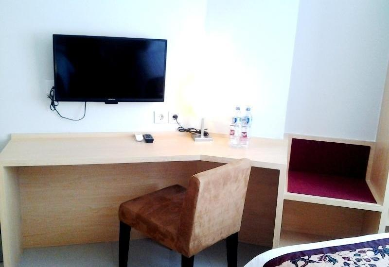 Bekizaar Hotel Surabaya - Business Room Regular Plan