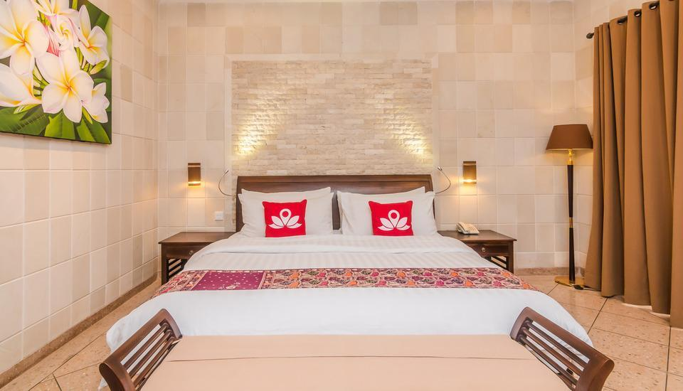 ZEN Rooms Seminyak  Kuwum ll - Tampak tempat tidur double