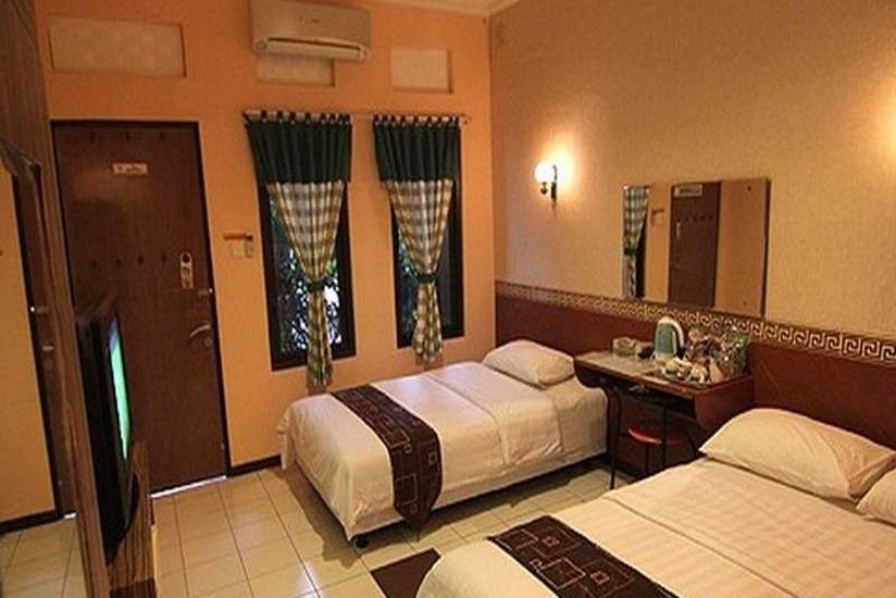 Patria Plaza Hotel Blitar - Kamar tamu