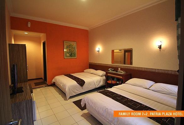 Patria Plaza Hotel Blitar - Keluarga 4 in 1 Regular Plan
