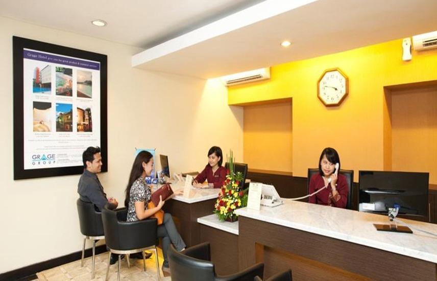 Grage Ramayana Hotel Yogyakarta - Resepsionis