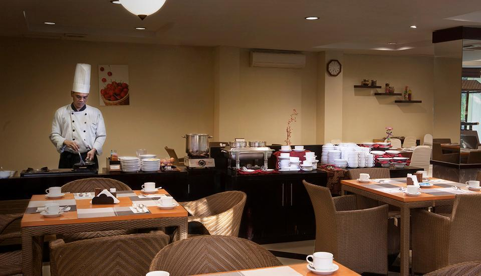 Grage Ramayana Hotel Yogyakarta - dapur terbuka di Restoran
