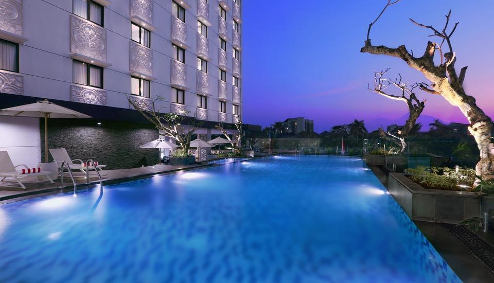 Hotel Neo  Malioboro - Kolam Renang