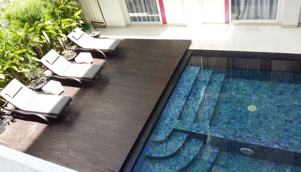favehotel Kuta - favehotel Kuta Square_Swimming Pool