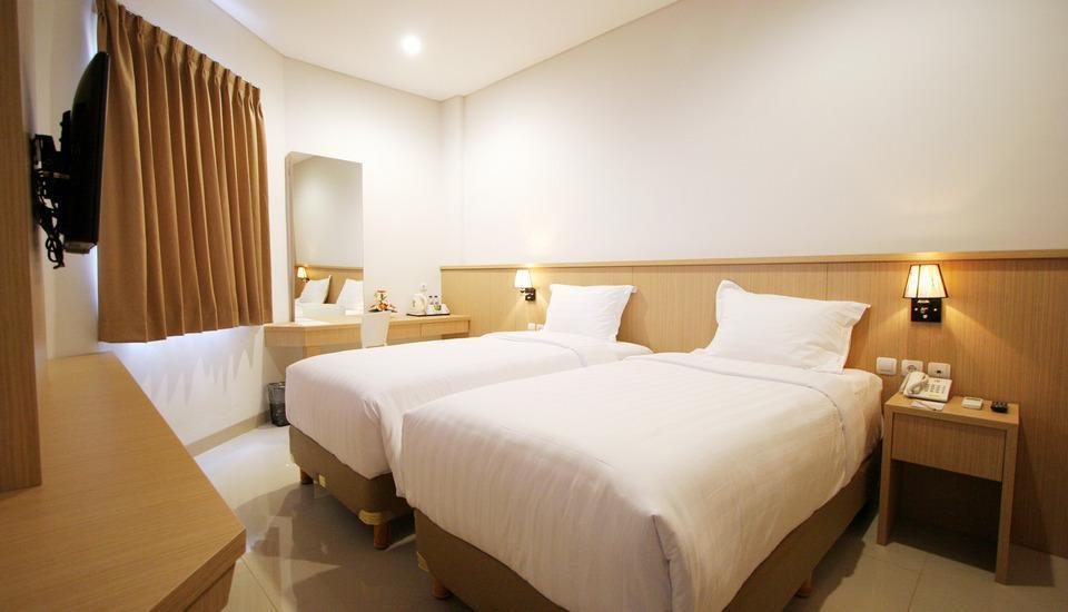 Hotel Dafam Rio Bandung - Deluxe Twin Room Regular Plan