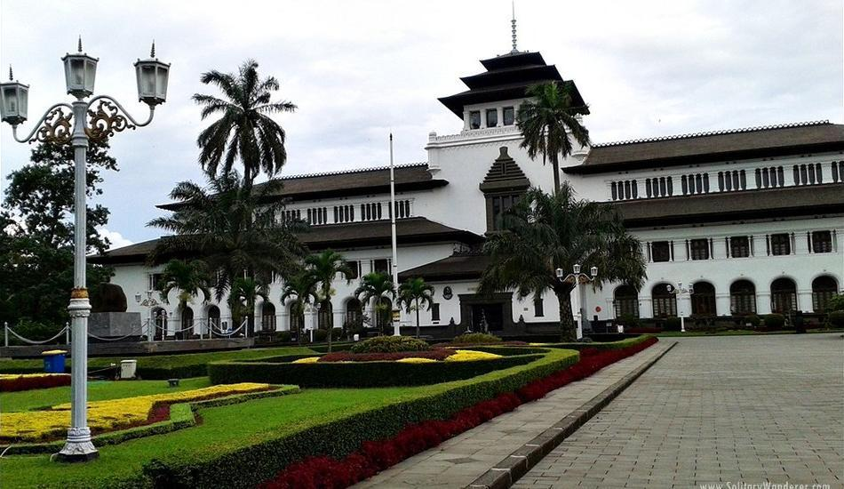 Hotel Dafam Rio Bandung - Sekeliling