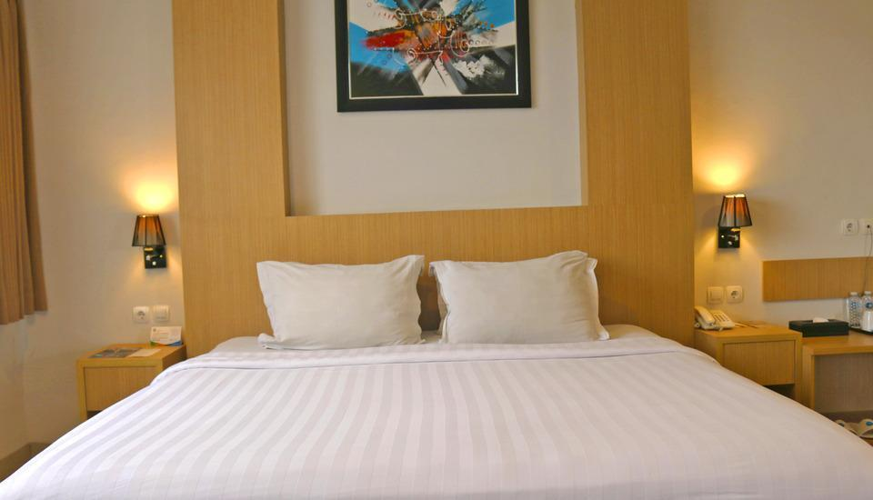 Hotel Dafam Rio Bandung - Deluxe Room only Regular Plan