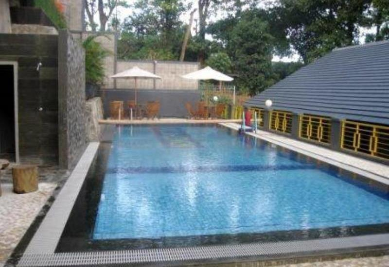 Villa Lemon Bandung - Swimming Pool
