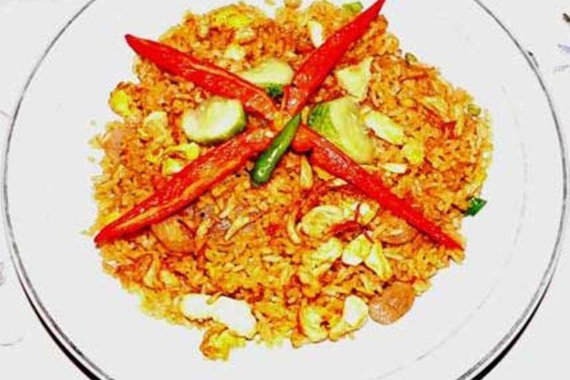Mulyasari Guest House Syariah Bandung - Makanan