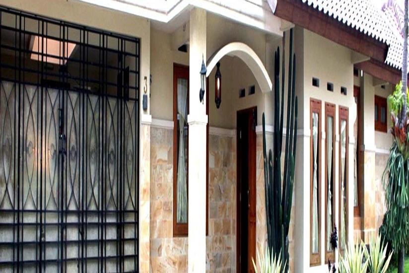 Mulyasari Guest House Syariah Bandung - Tampilan Luar Hotel