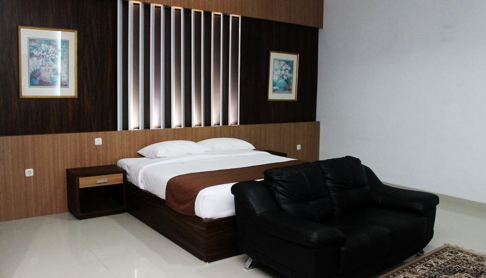 Dinasty Hotel Solo - Family Suite Room