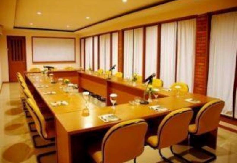 The Cipaku Garden Hotel Bandung - Meeting Room
