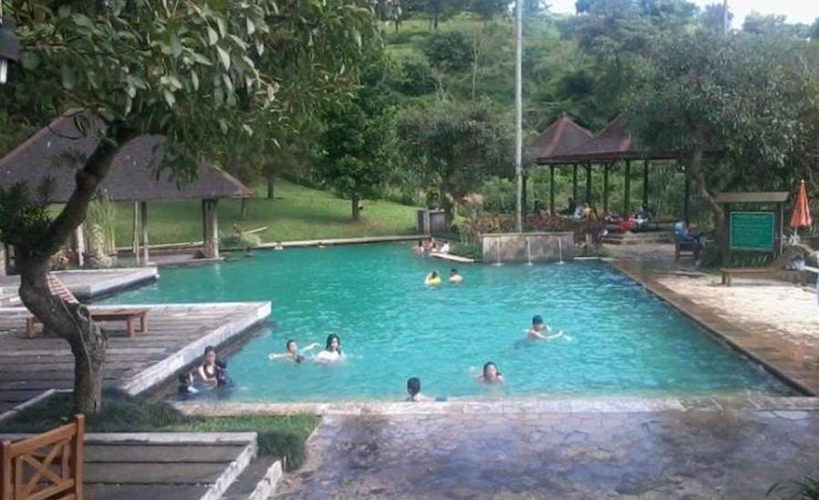 Villa Ranchero - Ciater Highland Resort Subang - Kolam Renang
