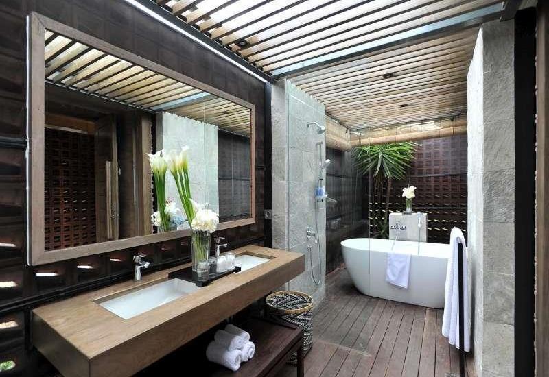Djoglo Luxury Bungalow Malang - Kamar mandi
