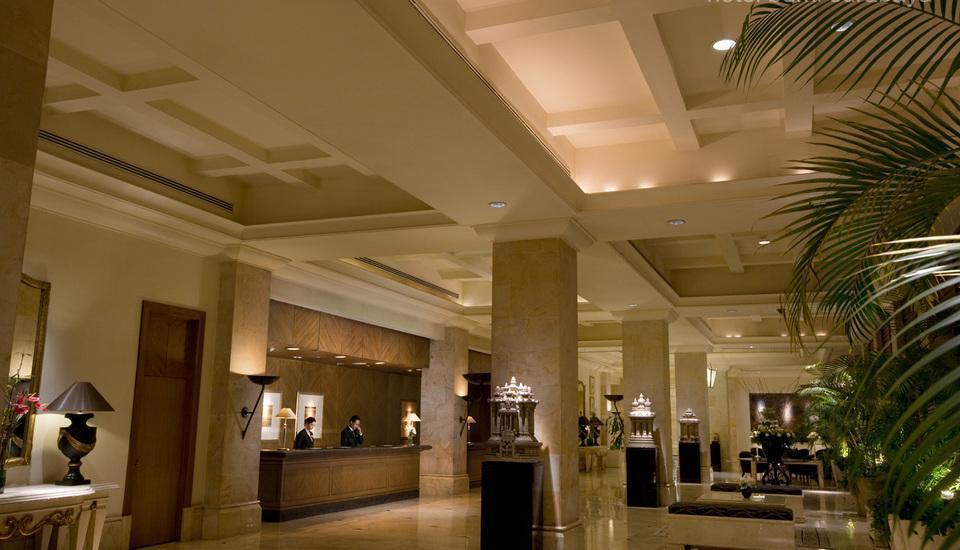 Bumi Surabaya City Resort Surabaya - Lobby1