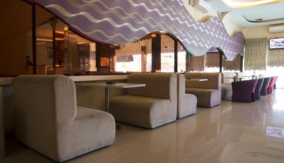 Hotel Candi Medan - Cafe
