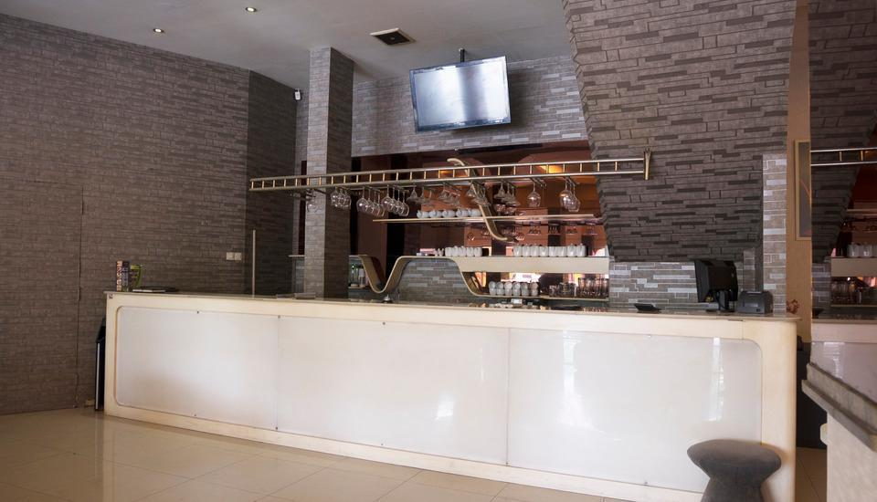 Hotel Candi Medan - Bar