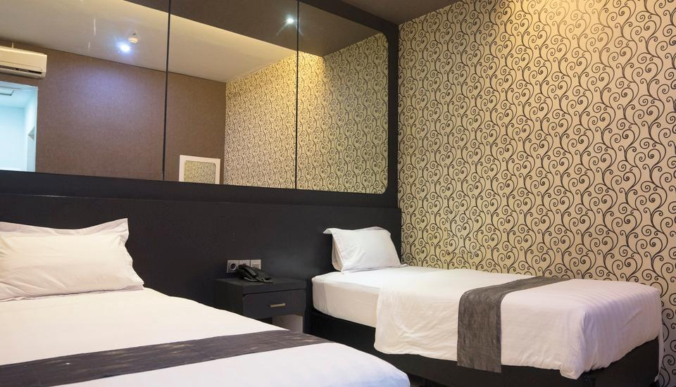 Hotel Candi Medan - Deluxe Room Only Stay 2 Night 46%