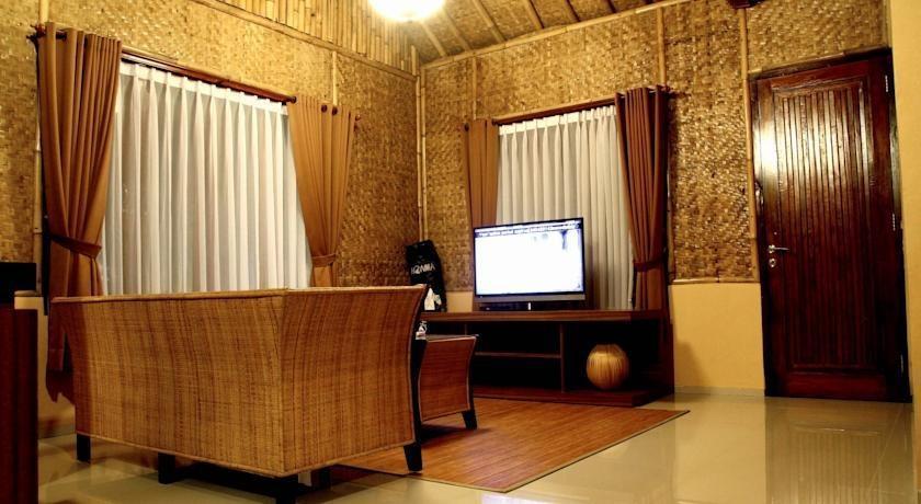 Villa Dago Ethnic Syariah Bandung - Interior